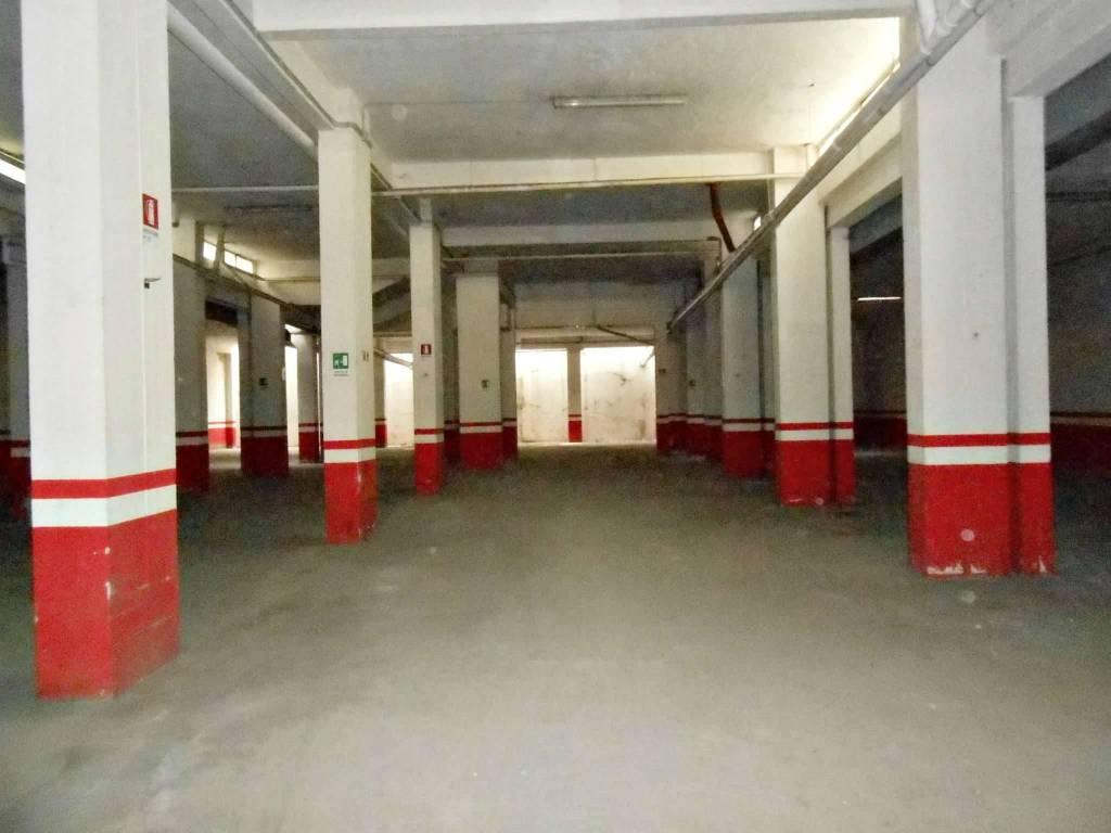 Magazzino in vendita a Roma, 9999 locali, zona Zona: 10 . Pigneto, Largo Preneste, prezzo € 380.000   CambioCasa.it