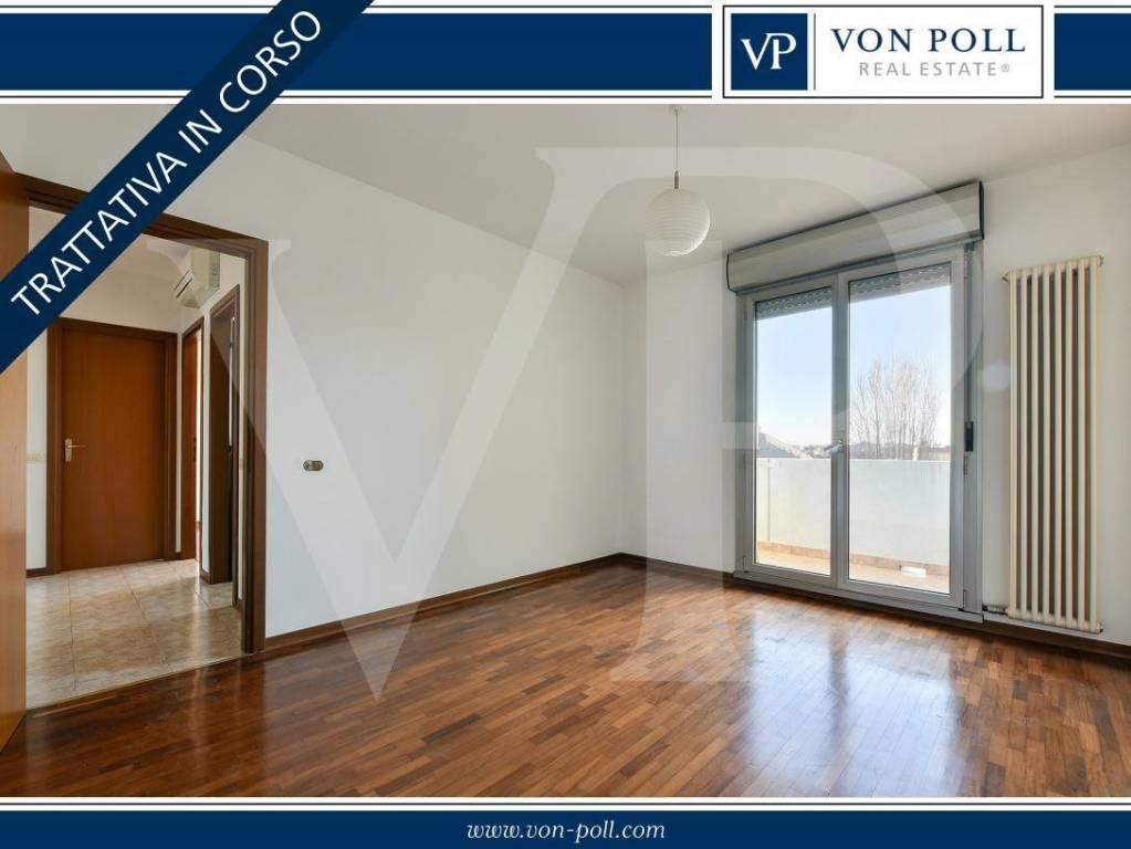 Appartamento in vendita a Vicenza, 4 locali, prezzo € 210.000 | CambioCasa.it