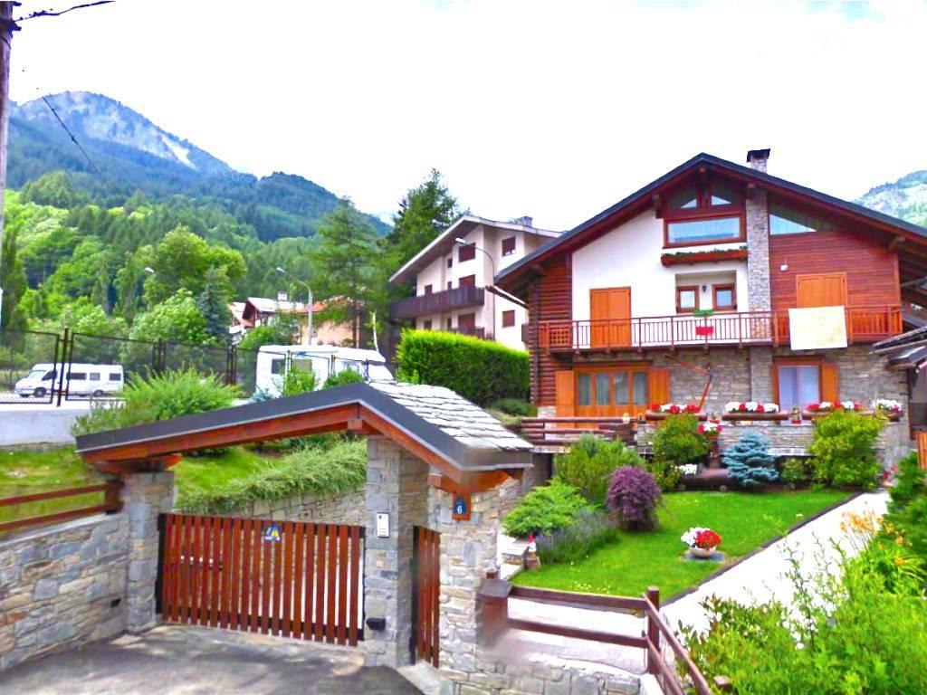 Villa in Vendita a Bardonecchia