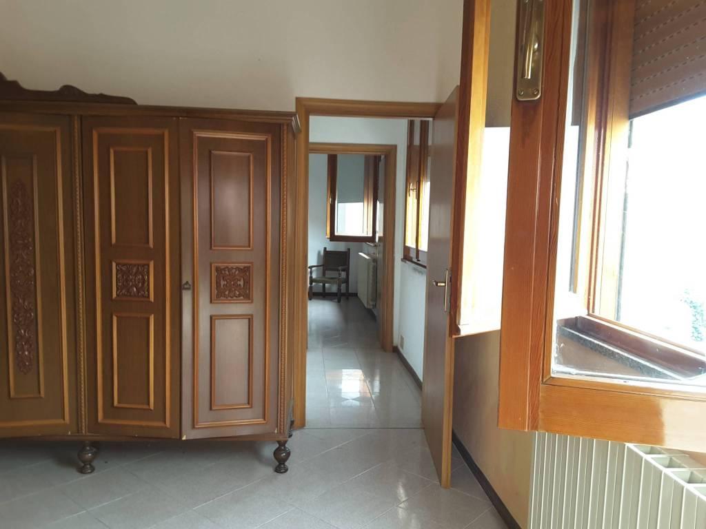 Villa in Vendita a Ravenna Semicentro: 5 locali, 121 mq