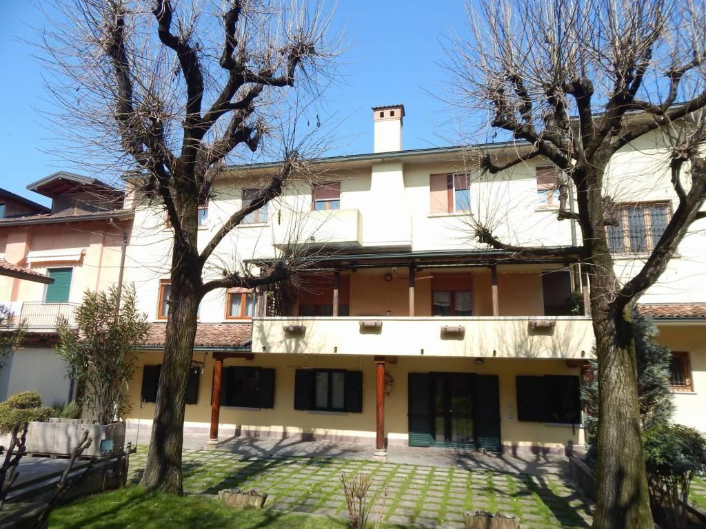 Appartamento in vendita a Caravaggio, 4 locali, prezzo € 208.000 | PortaleAgenzieImmobiliari.it