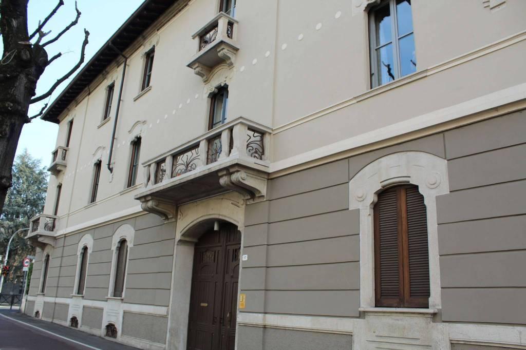 Ufficio / Studio in affitto a Treviglio, 4 locali, prezzo € 800 | CambioCasa.it