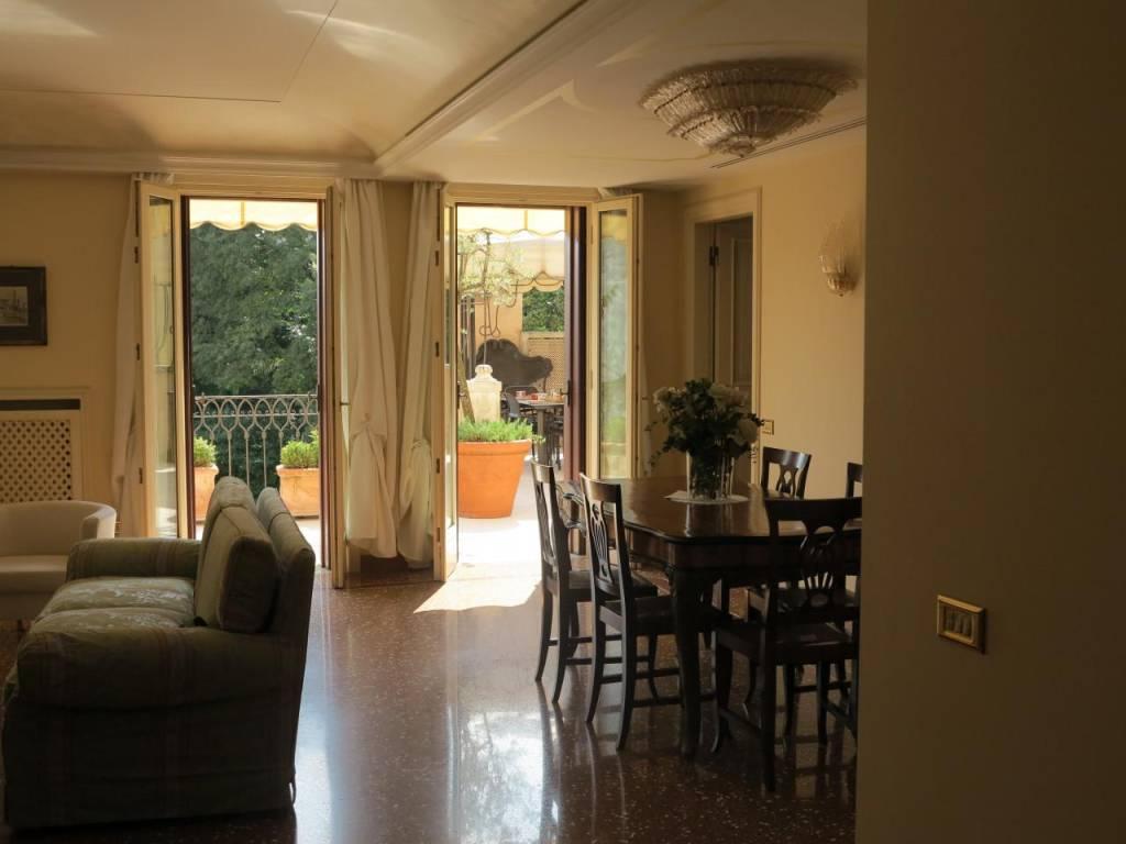 Splendido ultimo piano con terrazzo corso Fogazzaro, foto 4