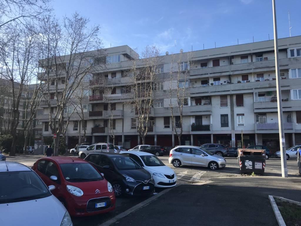 Appartamento in vendita a Roma, 4 locali, zona Zona: 39 . Lido di Ostia, Ostia, Castel Fusano, Torre Paterno, prezzo € 195.000 | CambioCasa.it