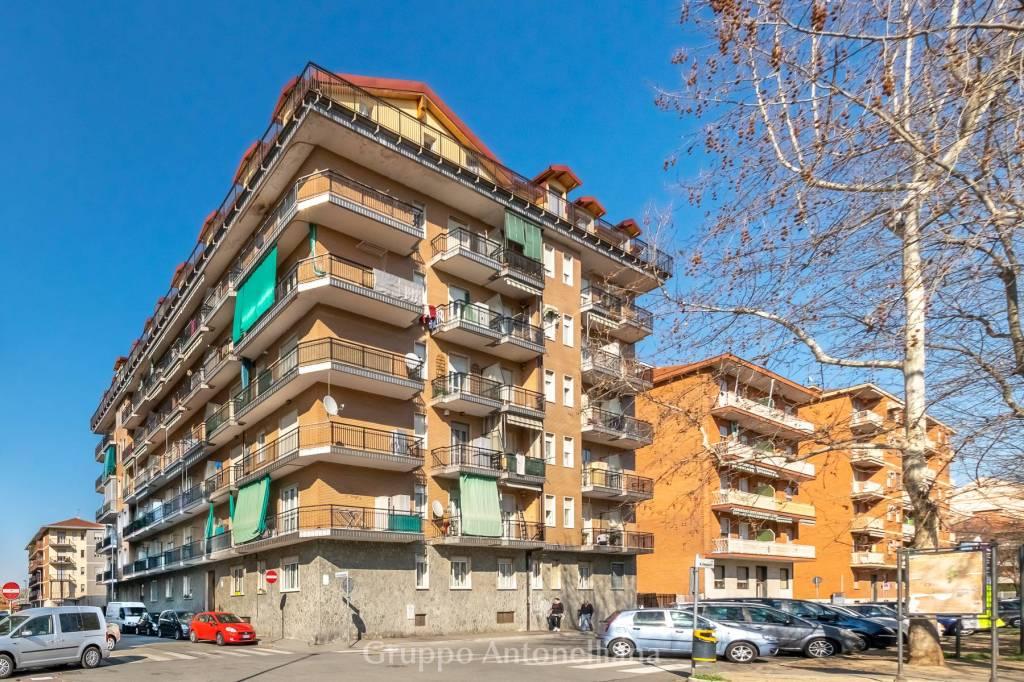 Appartamento in vendita a Nichelino, 3 locali, prezzo € 125.000 | CambioCasa.it