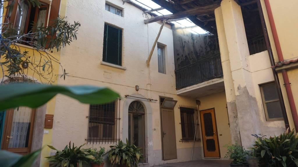 Soluzione Indipendente in vendita a Leno, 5 locali, prezzo € 70.000 | PortaleAgenzieImmobiliari.it