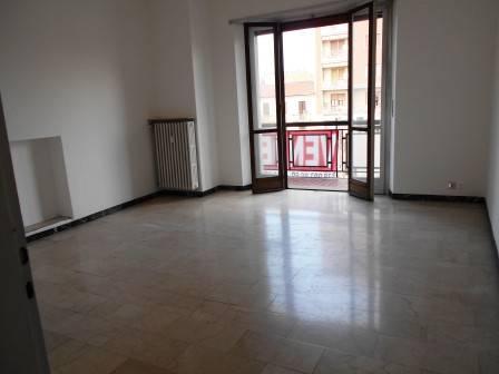 Appartamento in vendita a Beinasco, 4 locali, prezzo € 149.000 | PortaleAgenzieImmobiliari.it