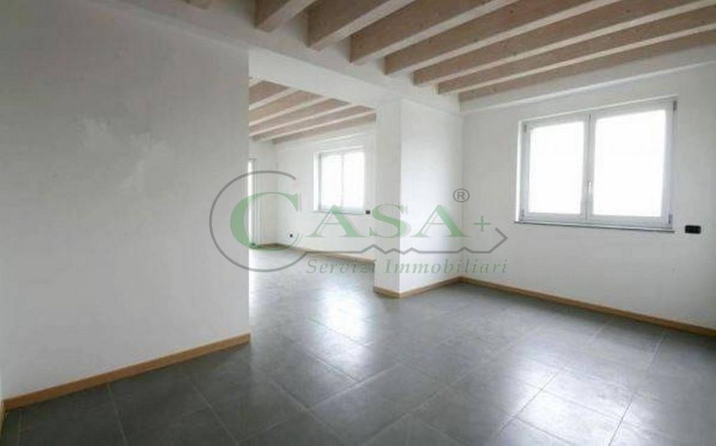 Appartamento in vendita a Brescia, 3 locali, prezzo € 276.000 | CambioCasa.it