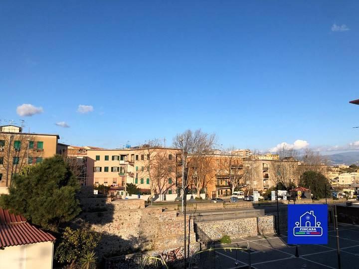 Appartamento in Vendita a Messina Centro: 3 locali, 78 mq
