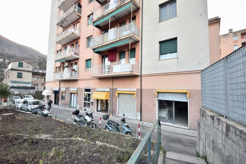 Negozio / Locale in vendita a Genova, 1 locali, zona Valbisagno (Prato-Molassana-Struppa-S.Gottardo-S.Eusebio), prezzo € 35.000   PortaleAgenzieImmobiliari.it