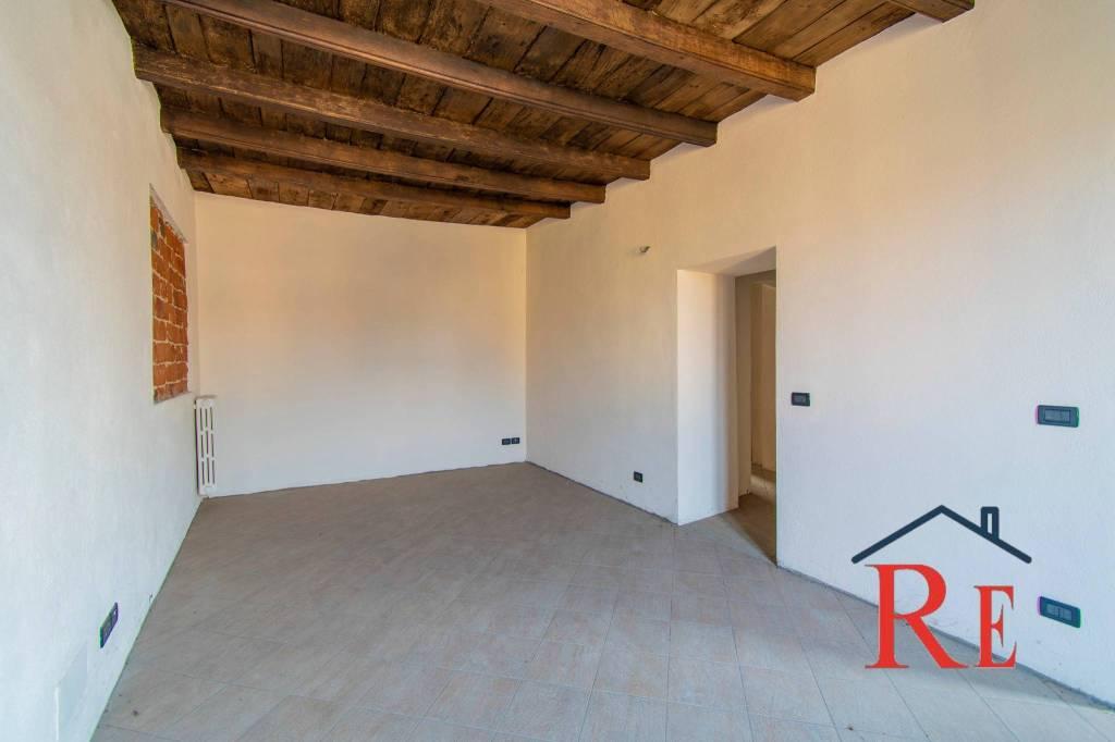 Appartamento in affitto a Cavour, 3 locali, prezzo € 440 | PortaleAgenzieImmobiliari.it