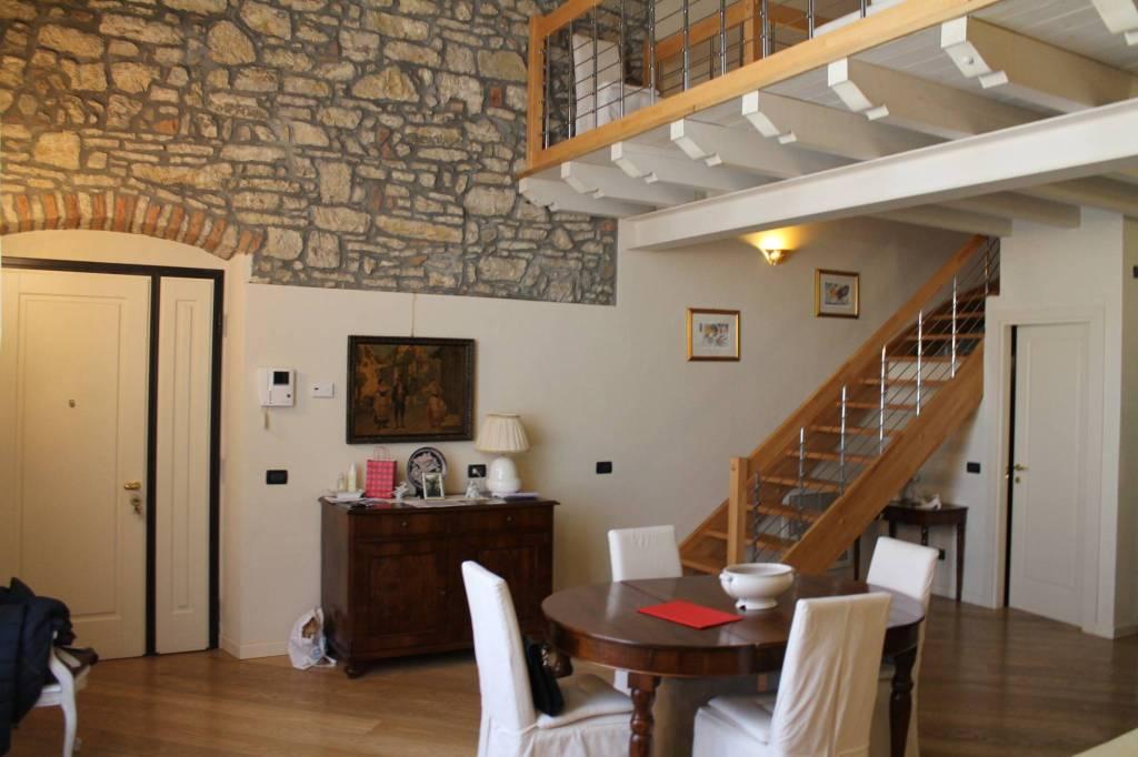 Loft / Openspace in vendita a Rezzato, 3 locali, prezzo € 270.000 | PortaleAgenzieImmobiliari.it