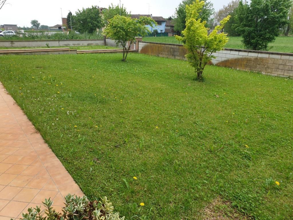 Appartamento in vendita a Sabbioneta, 3 locali, prezzo € 130.000 | CambioCasa.it