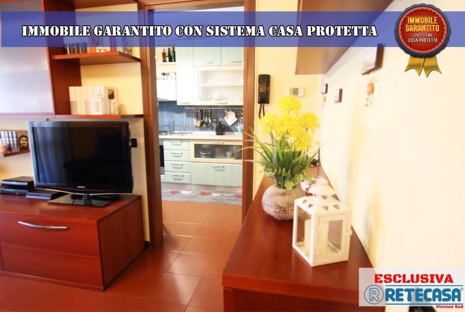 Appartamento in vendita a Longare, 4 locali, prezzo € 69.000 | CambioCasa.it