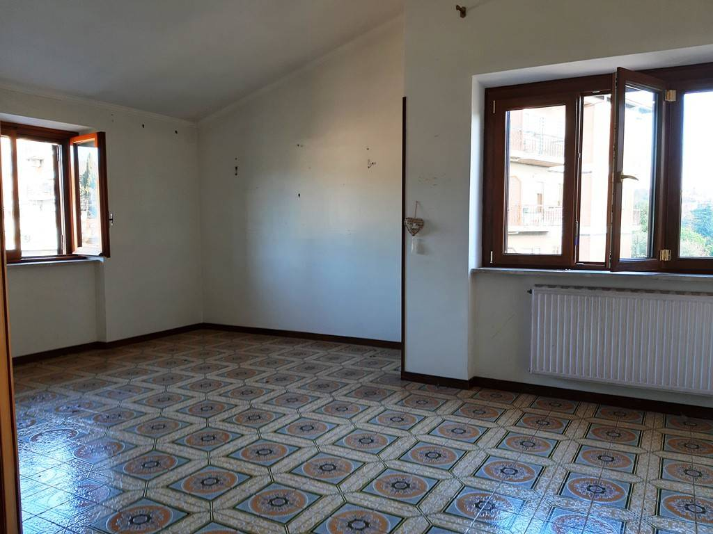 Appartamento in vendita a Ariccia, 3 locali, prezzo € 179.000 | PortaleAgenzieImmobiliari.it