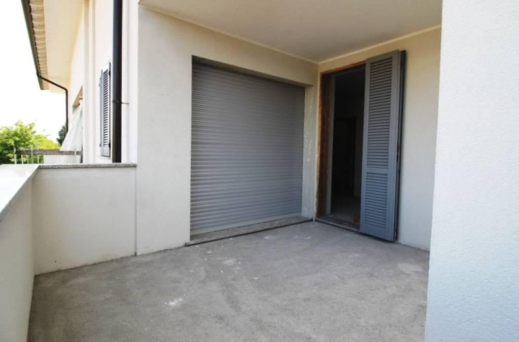Appartamento in vendita a Cairate, 3 locali, prezzo € 174.000 | PortaleAgenzieImmobiliari.it
