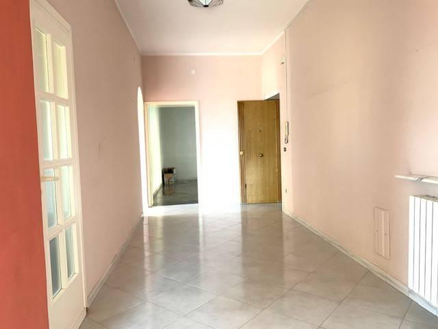 Appartamento in affitto a Pollena Trocchia, 5 locali, prezzo € 600 | CambioCasa.it