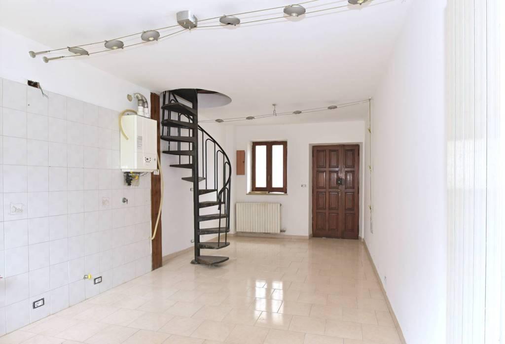 Foto 1 di Casa indipendente via Rosario 25, Feletto