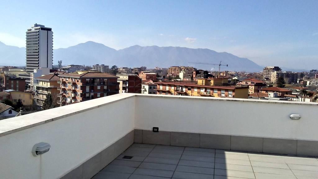 Appartamento in vendita a Frosinone, 4 locali, prezzo € 298.000 | PortaleAgenzieImmobiliari.it