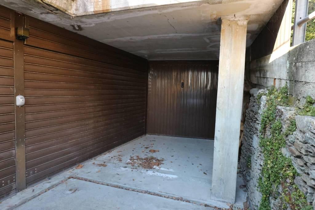 Box / Garage in vendita a Ghiffa, 9999 locali, prezzo € 33.000   CambioCasa.it