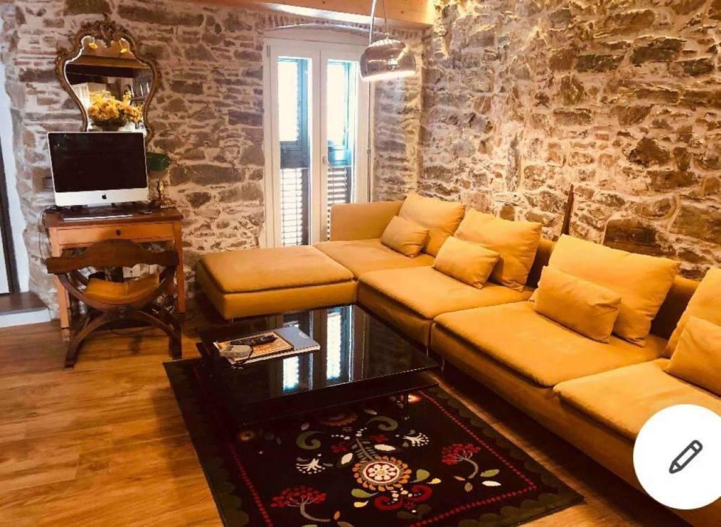 Appartamento in vendita a Riomaggiore, 3 locali, prezzo € 350.000   CambioCasa.it