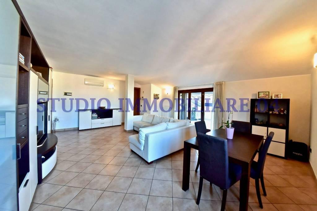 Appartamento in vendita a Cesano Maderno, 3 locali, prezzo € 174.000 | PortaleAgenzieImmobiliari.it