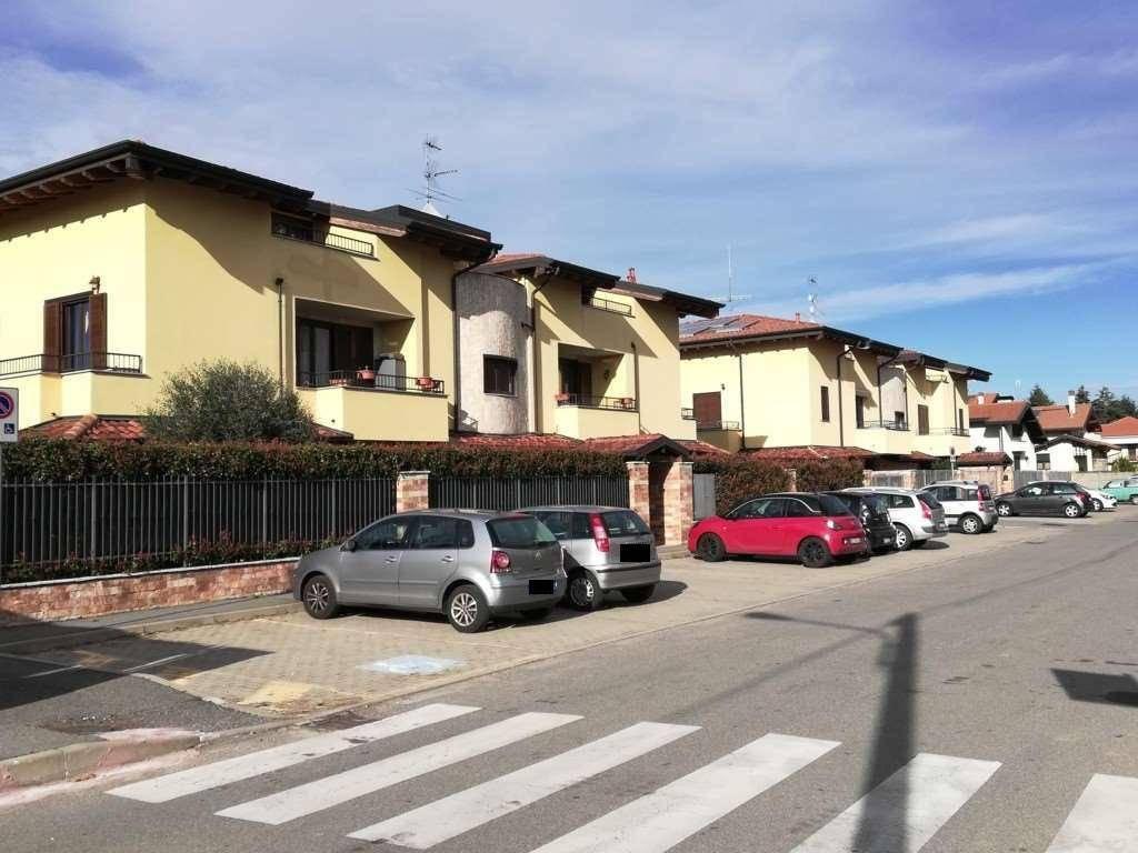 Appartamento in vendita a Dairago, 4 locali, prezzo € 98.000   PortaleAgenzieImmobiliari.it