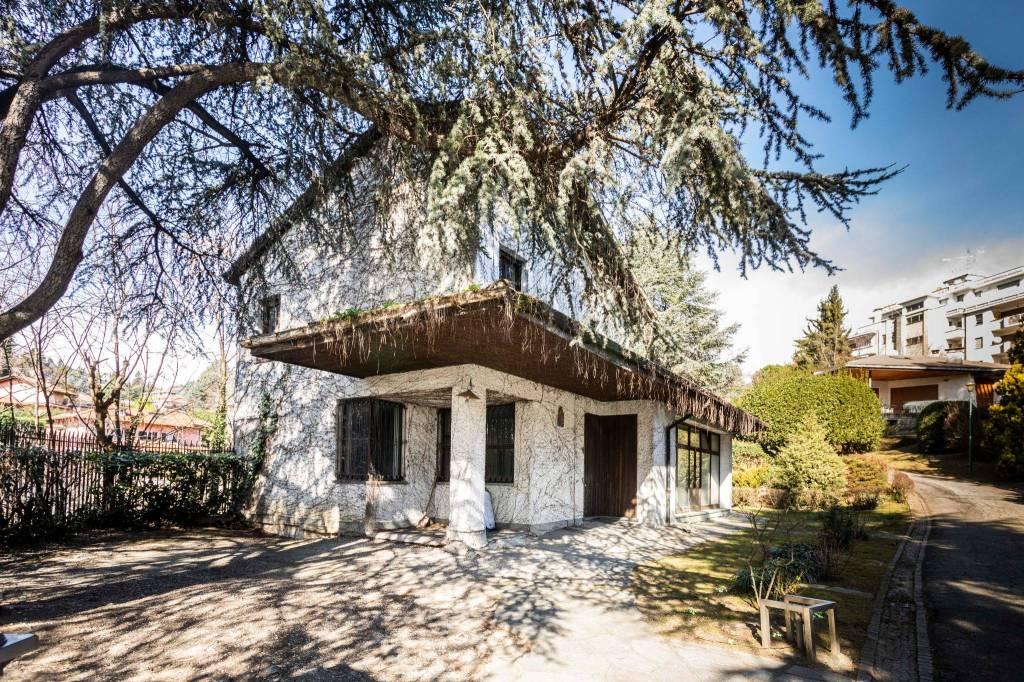 Villa in vendita a Pino Torinese, 5 locali, prezzo € 185.000 | CambioCasa.it