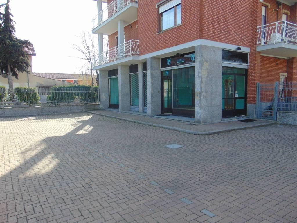 Negozio / Locale in vendita a Beinasco, 2 locali, prezzo € 105.000 | CambioCasa.it
