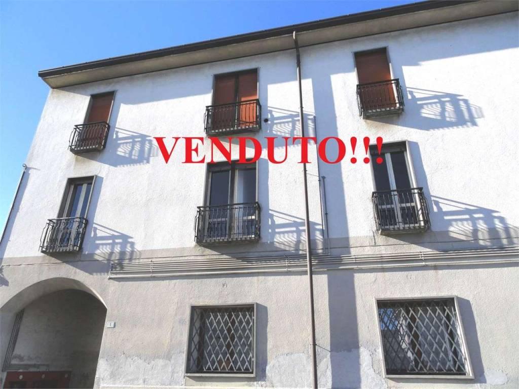 Appartamento da ristrutturare in vendita Rif. 6179571