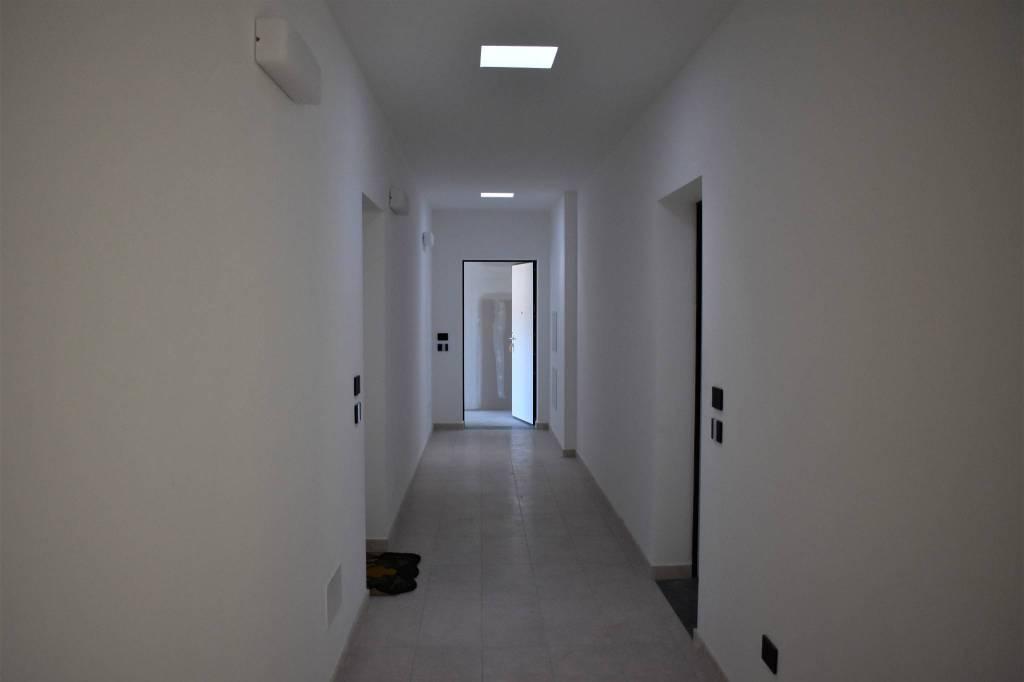 Appartamento in vendita a Bizzarone, 3 locali, prezzo € 240.000   PortaleAgenzieImmobiliari.it