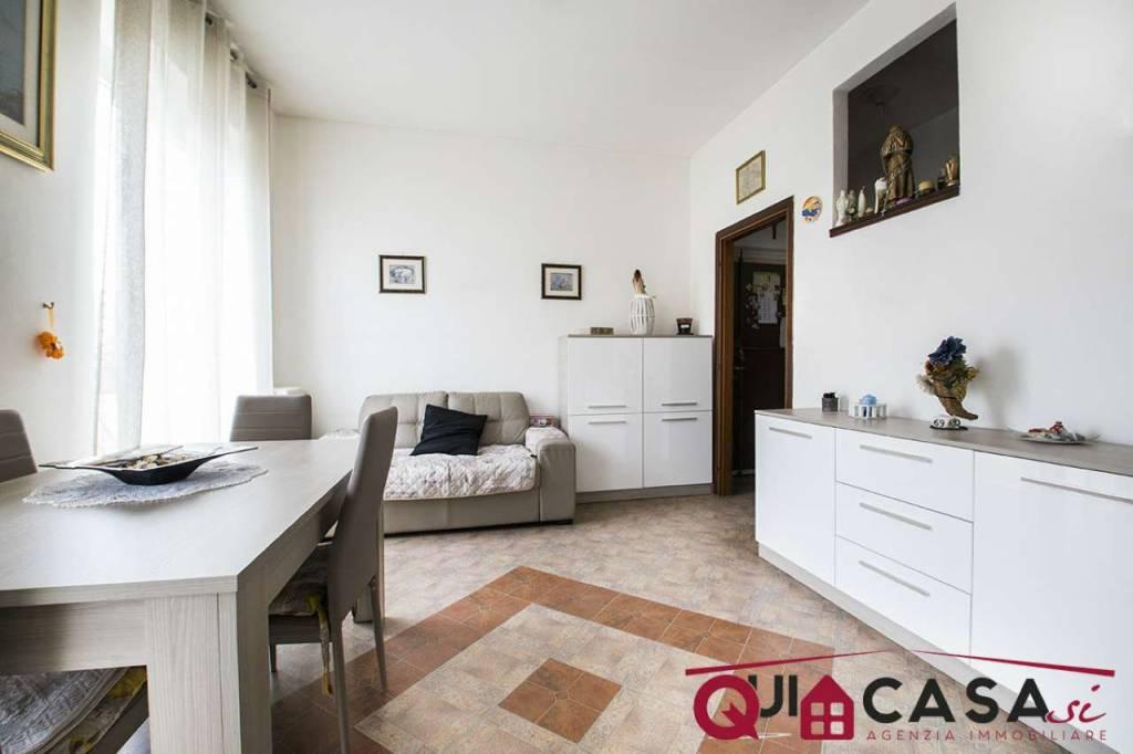 Appartamento in vendita a Cormano, 3 locali, prezzo € 195.000   CambioCasa.it