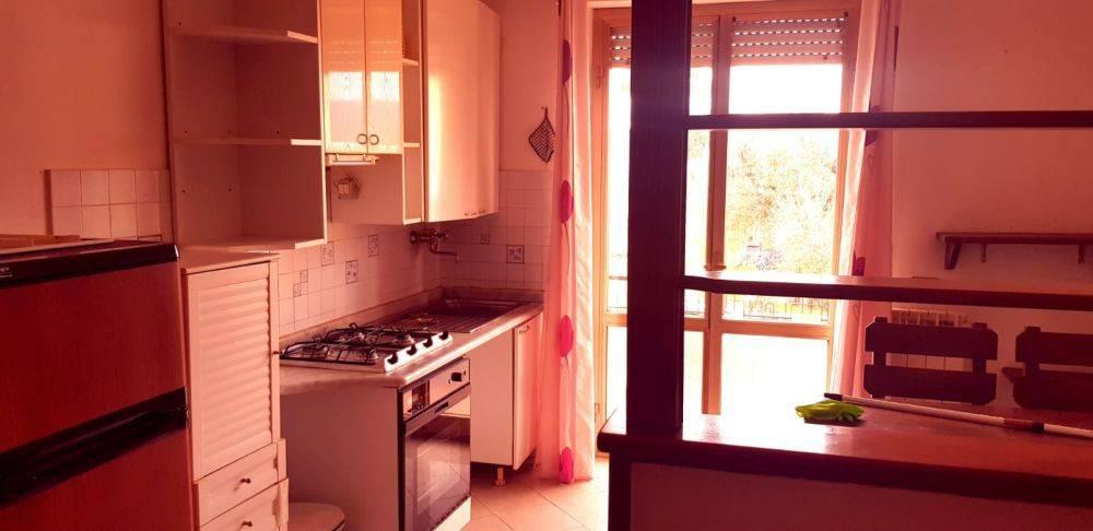 Appartamento in vendita a Castelnuovo Magra, 3 locali, prezzo € 150.000   CambioCasa.it
