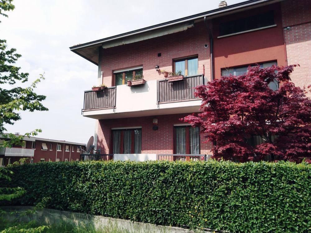 Appartamento in vendita via Riviera Almè