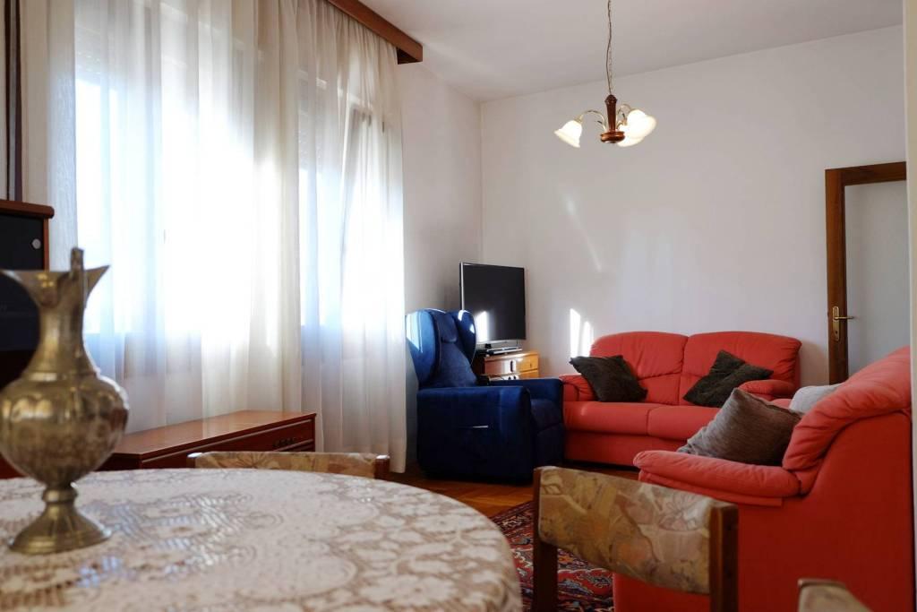 Appartamento in vendita a Arcade, 20 locali, prezzo € 199.000 | CambioCasa.it