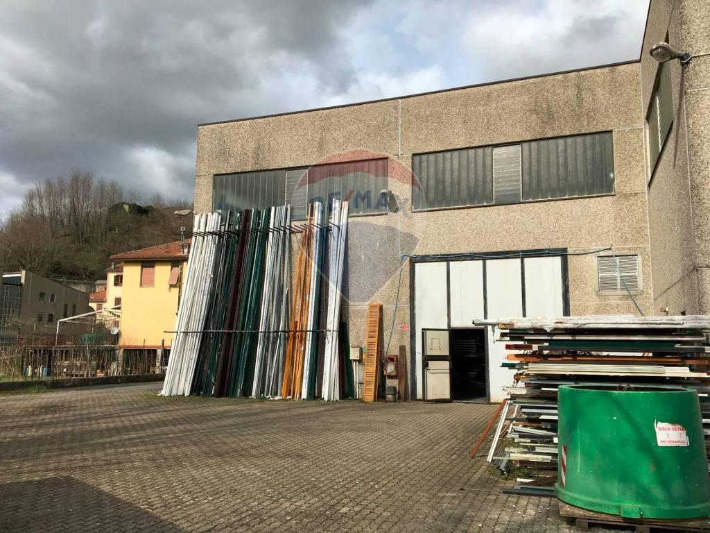 Capannone in vendita a San Colombano Certenoli, 2 locali, prezzo € 490.000 | PortaleAgenzieImmobiliari.it