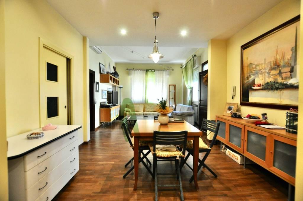Appartamento in Vendita a Cesenatico Centro: 3 locali, 95 mq