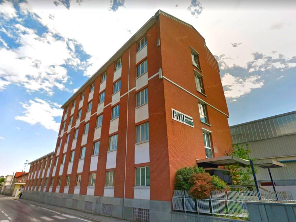 Immobile Commerciale in vendita a Pinerolo, 6 locali, prezzo € 900.000 | PortaleAgenzieImmobiliari.it