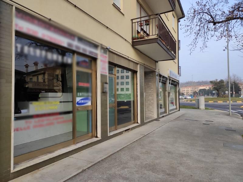 Negozio / Locale in vendita a Monfalcone, 3 locali, prezzo € 90.000 | CambioCasa.it