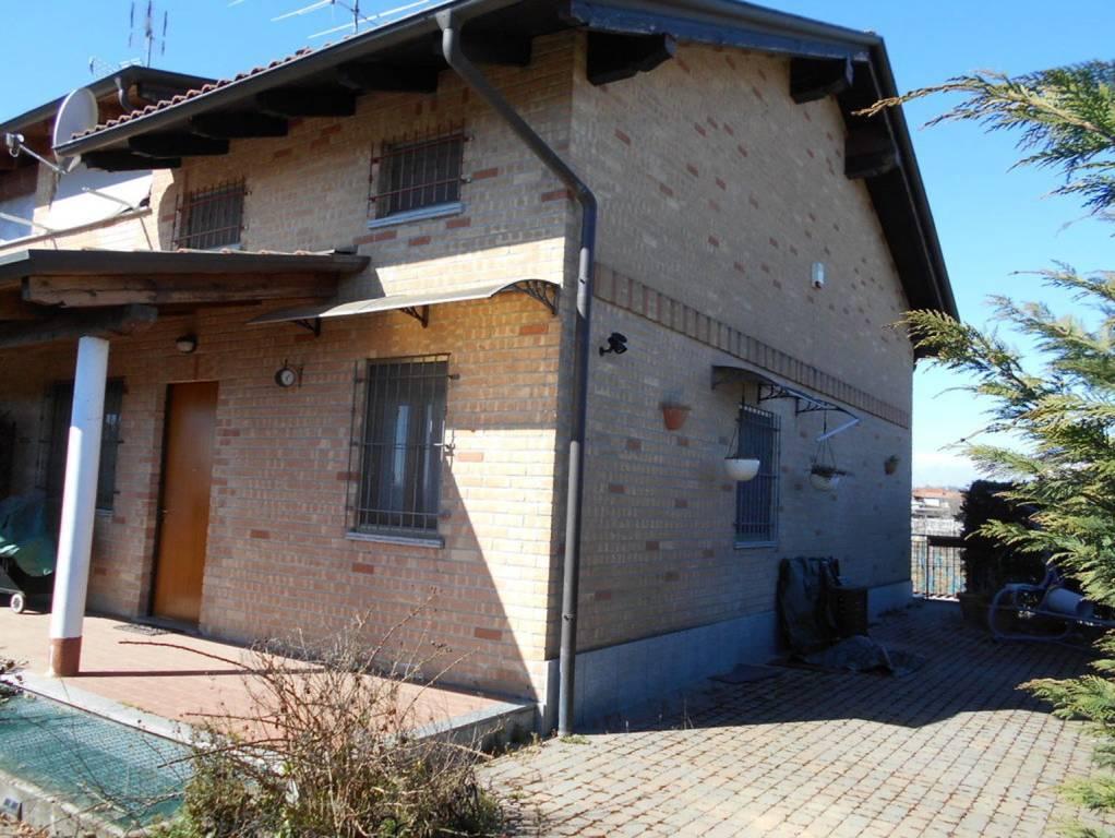 Foto 1 di Villa viale dei Gracchi 37, Borgo D'ale