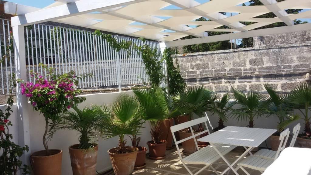 Villa in vendita a Alessano, 5 locali, prezzo € 190.000 | CambioCasa.it