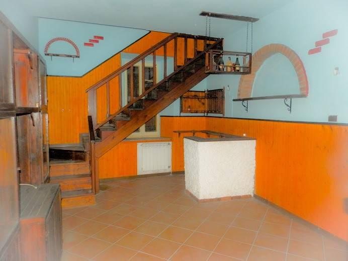 Villa in vendita a Borgolavezzaro, 2 locali, prezzo € 38.000 | PortaleAgenzieImmobiliari.it