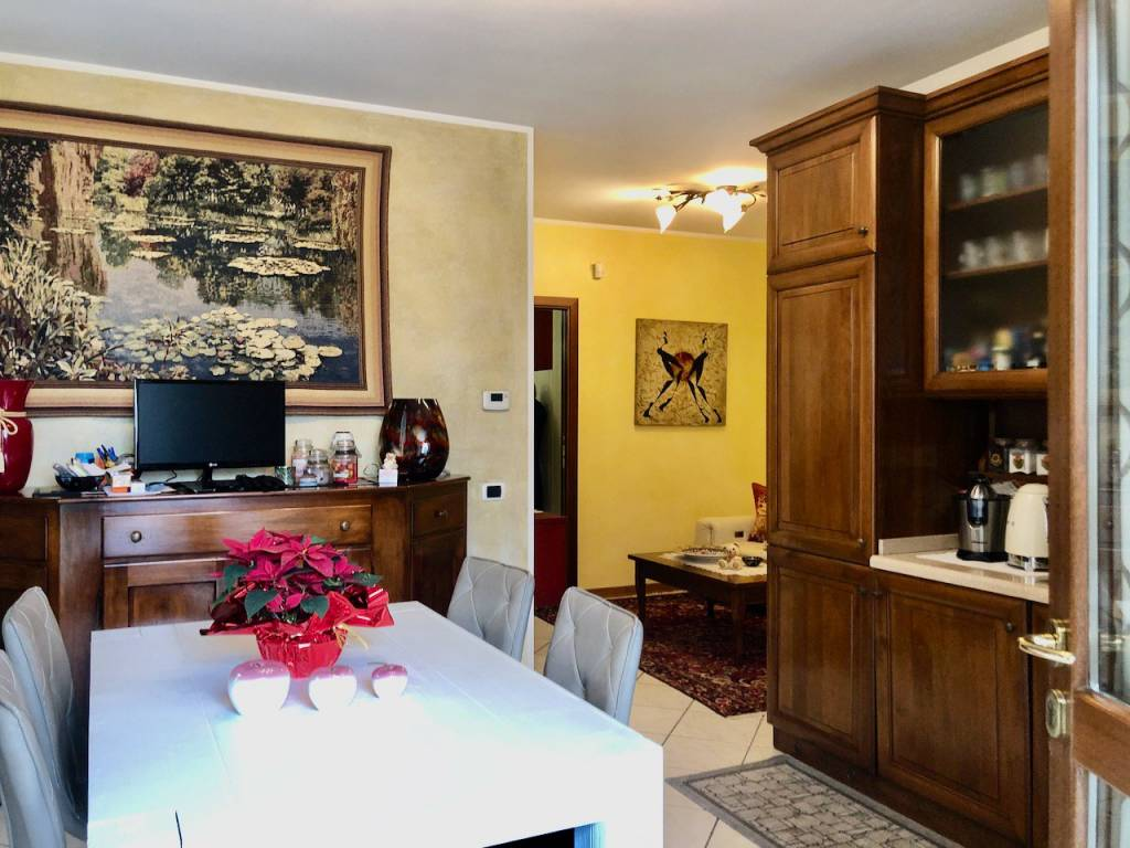 Appartamento in vendita a Mira, 4 locali, prezzo € 145.000 | PortaleAgenzieImmobiliari.it