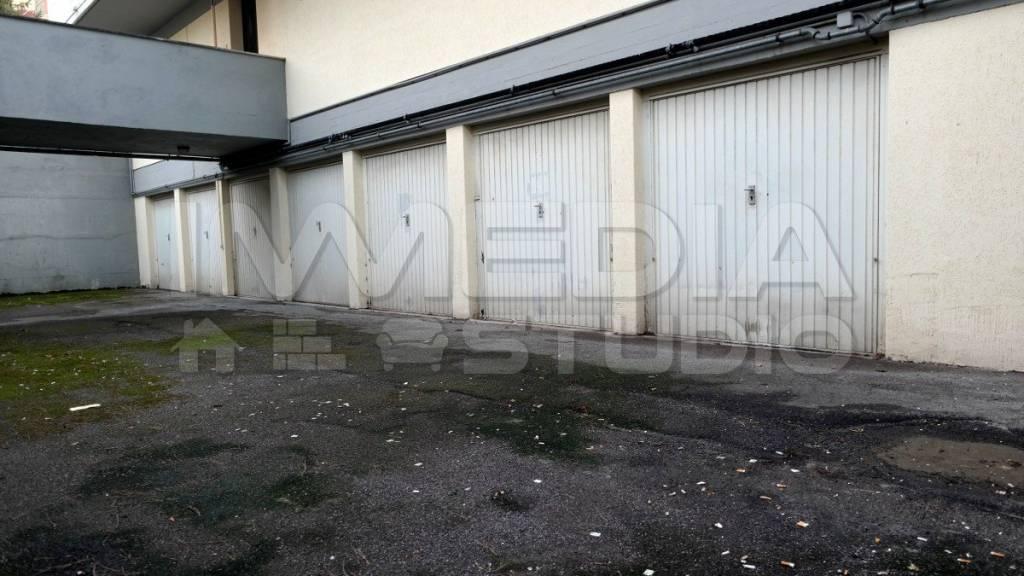 Box / Garage in vendita a Firenze, 9999 locali, zona Zona: 1 . Castello, Careggi, Le Panche, prezzo € 25.000   CambioCasa.it