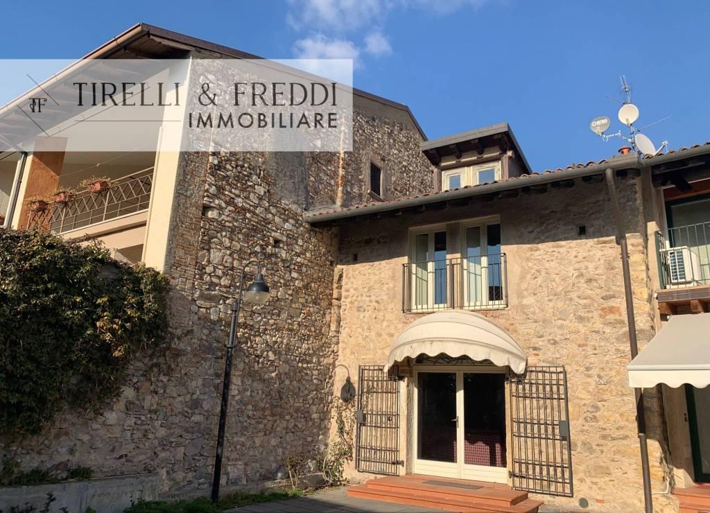 Villa a Schiera in vendita a Passirano, 5 locali, prezzo € 245.000 | PortaleAgenzieImmobiliari.it