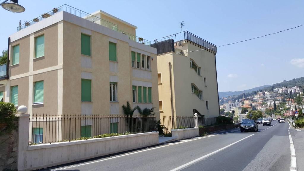 Appartamento in affitto a Alassio, 5 locali, Trattative riservate | CambioCasa.it