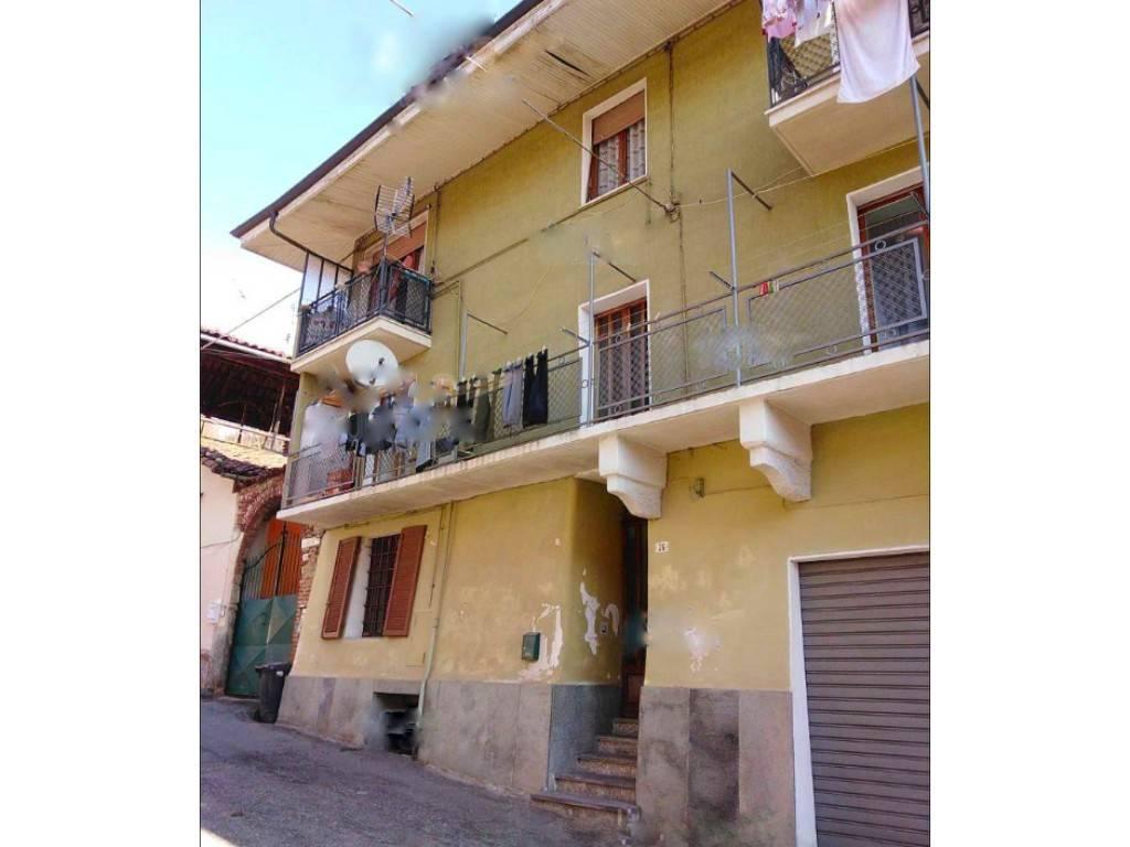 Soluzione Indipendente in vendita a Valperga, 9 locali, prezzo € 70.000   CambioCasa.it