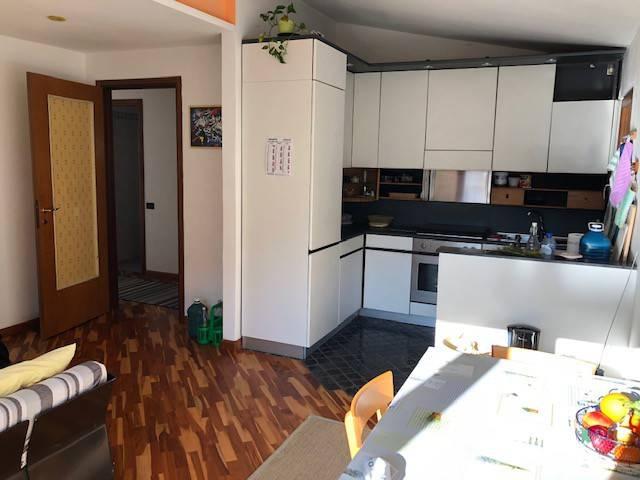 Appartamento in vendita a Brunate, 3 locali, prezzo € 99.000 | PortaleAgenzieImmobiliari.it