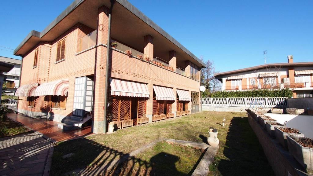 Appartamento in vendita a Volvera, 6 locali, prezzo € 230.000 | CambioCasa.it