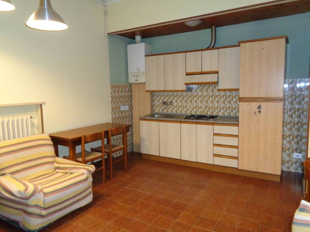 Appartamento in Affitto a Correggio: 2 locali, 65 mq